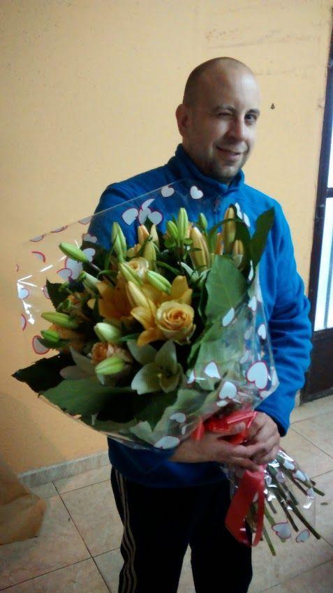 ramo de flores en puerto lumbreras dia enamorados